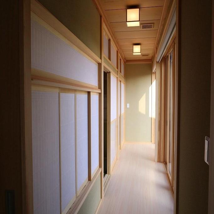 和室の縁側。